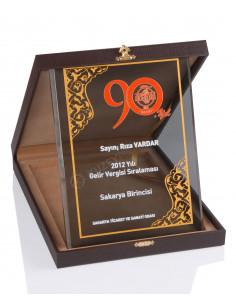KZY-2005 A Altın Motifli Kristal Plaket