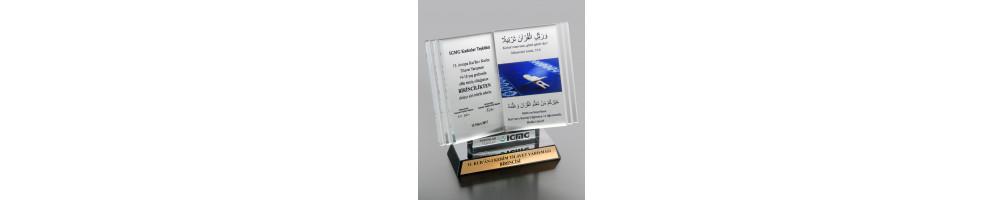 Ödül Kristal Plaket
